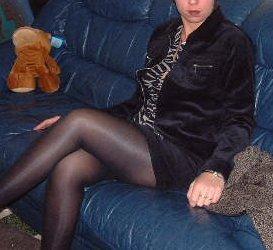 Une copine d'un internaute chez elle 059